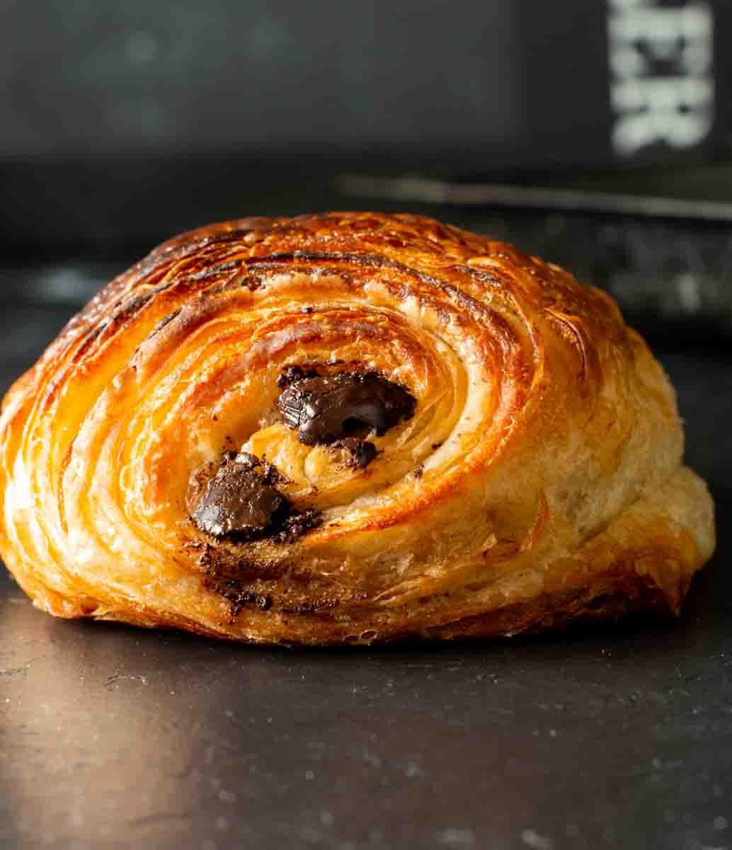image: pain au chocolate