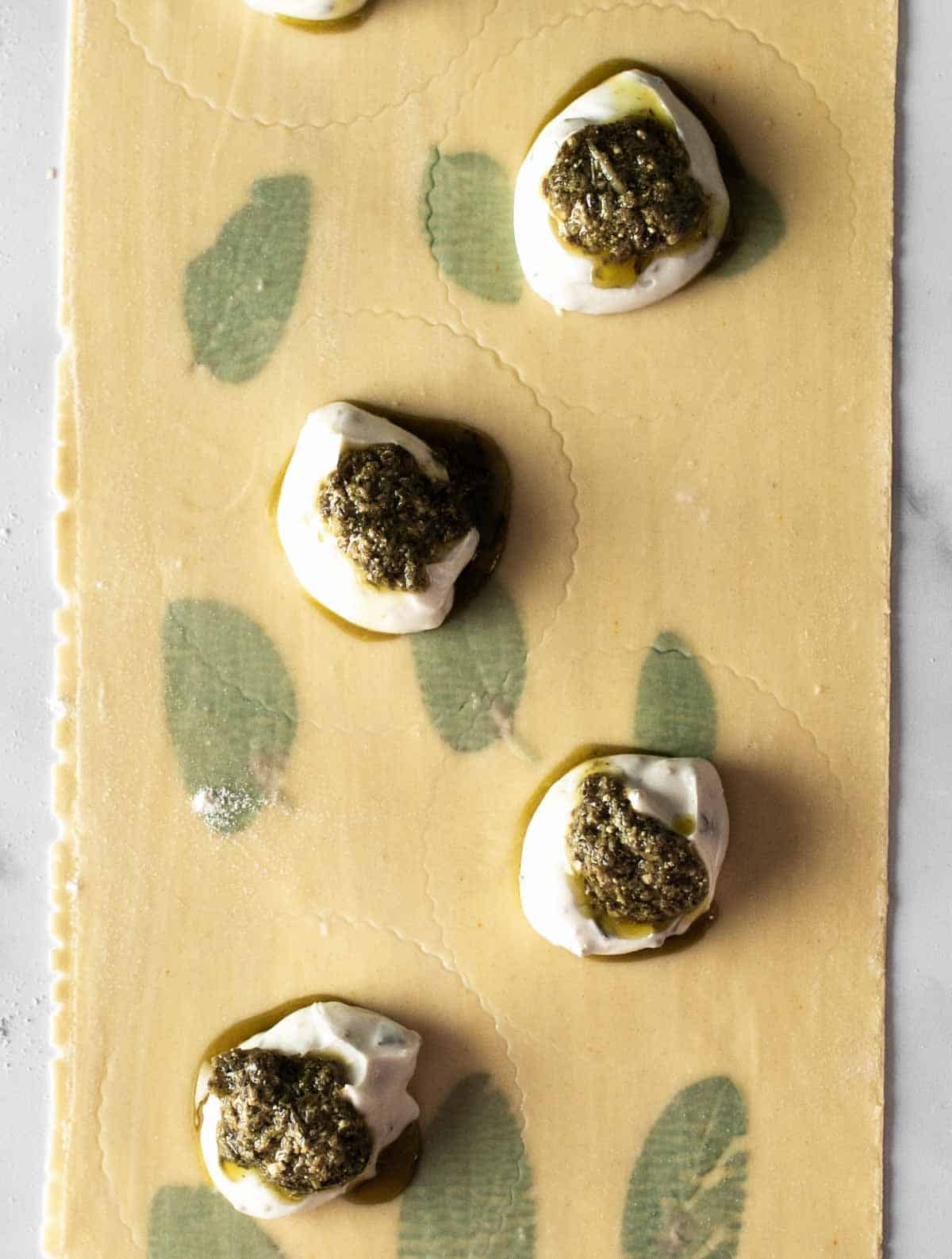 Image: pesto cheese ravioli