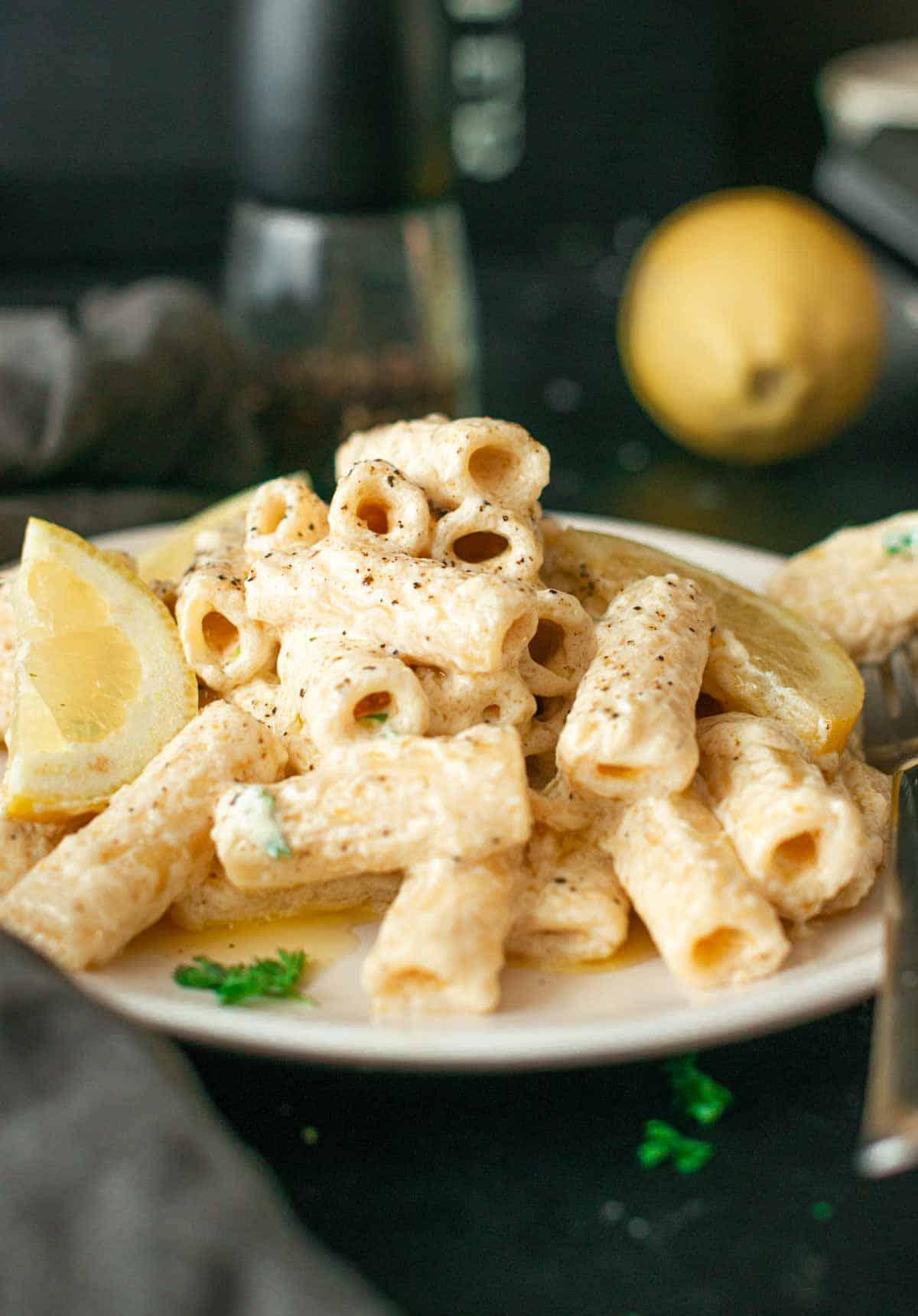 pasta with lemon cream sauce